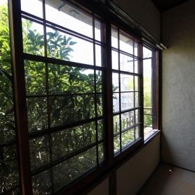 2階 窓!